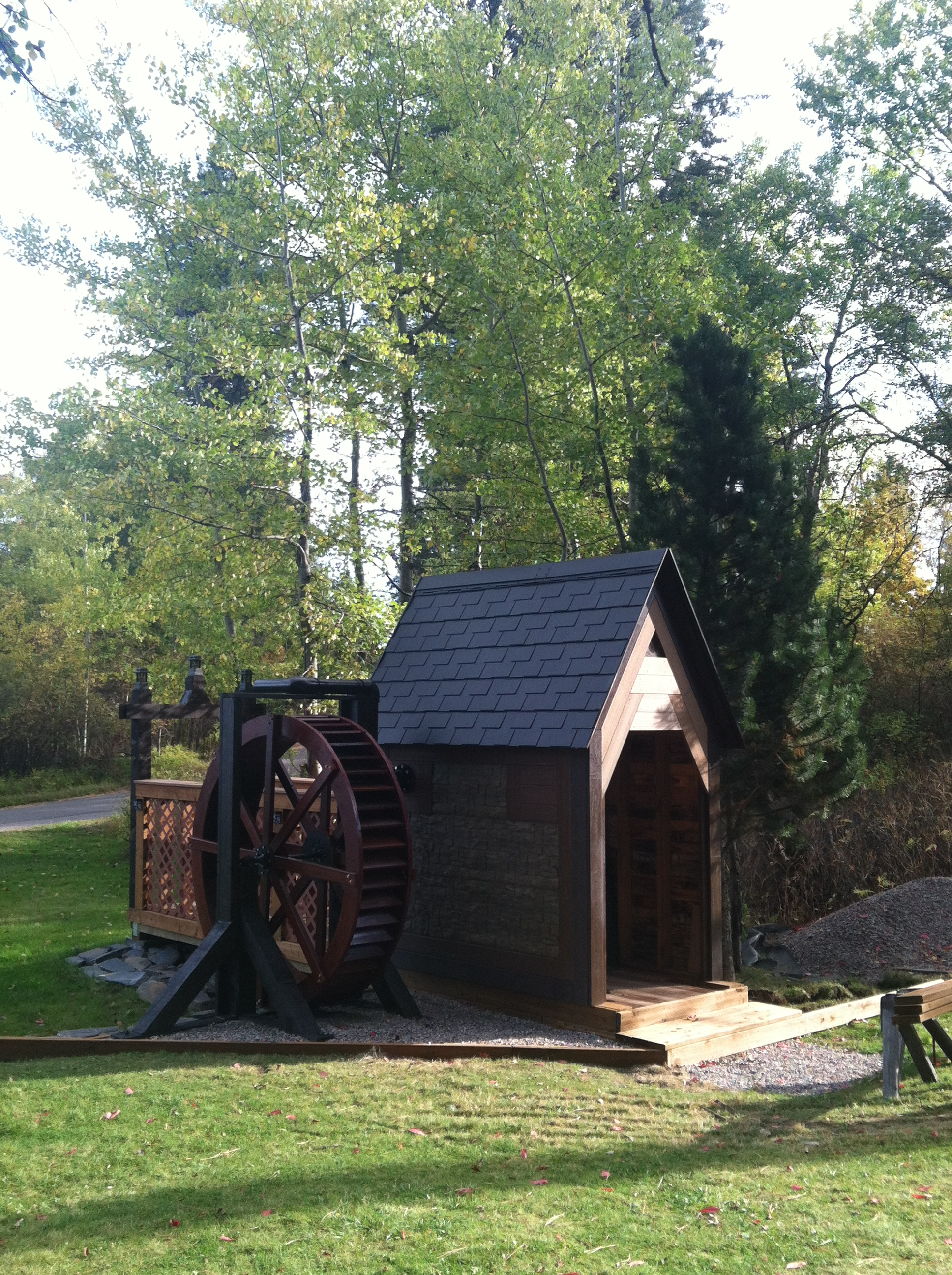 Water Wheel Pictures Of Diy Water Wheels Built From Our